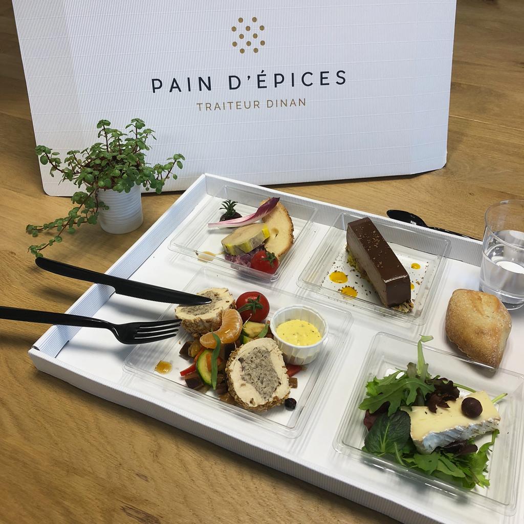 plateaux-repas-pain-depices-traiteur